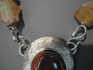Trent Agate neckpiece detail