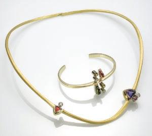 Cantilevered Neckring and Bracelet