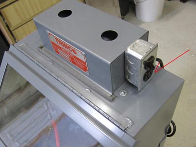 Trinco 20 Table Top Sand Blasting Cabinet (Overview) - Pat Pruitt