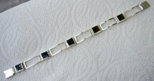 Black coral bracelet in sterling silver.