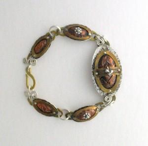 VWD cold connection bracelet
